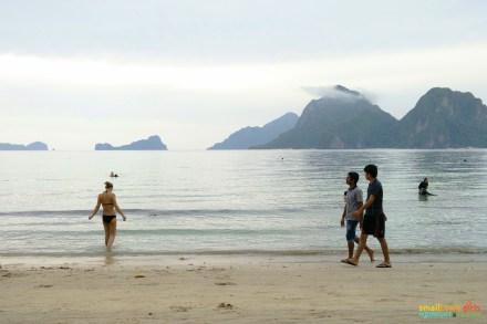 El Nido Marimegmeg Beach Las Cabanas 00