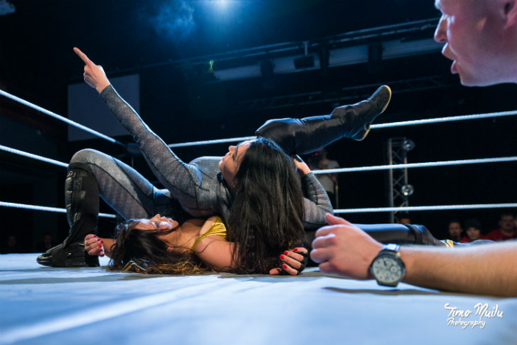 regina-vs-natalia-markov-december-rumble-gloria-fcf-wrestling