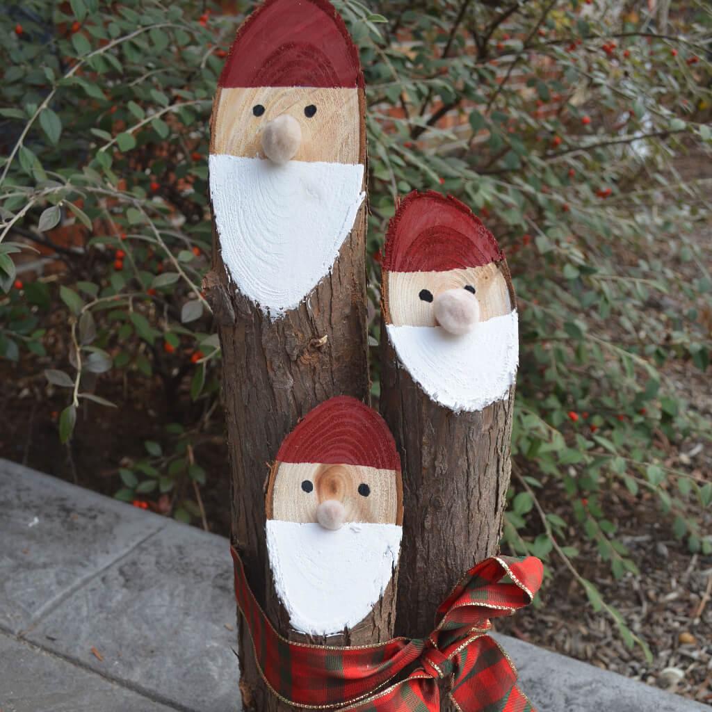 Dainish Nisse from Cedar Logs