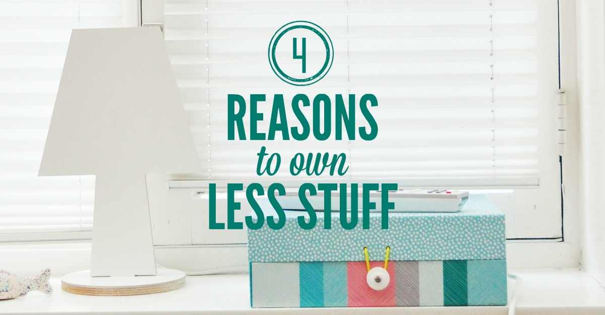 4 reasons to own less stuff smart money simple life for Minimalist living with less stuff