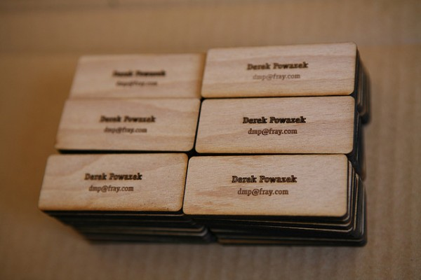 wood card 16 40 Creative Wooden Business Cards Inspiration