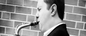 Senior performs saxophone in Dave Matthews performance at Grammy's