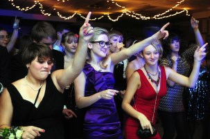 """Freshman Leah O'Connor dances with her friends to """"YMCA"""""""