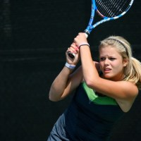 Junior Excels in Tennis
