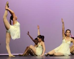 2013 - 2014 Junior Varsity Lancer Dancers Announced