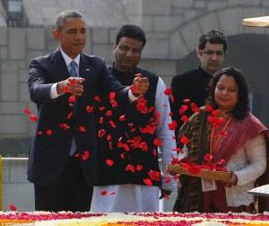 2507D61700000578-2925288-Honoured_President_Barack_Obama_throws_rose_petals_as_he_pays_hi-a-1_1422195702661
