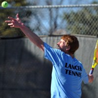 Boys Varsity Tennis Defeats SM South