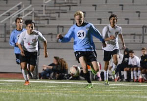 Gallery: Varsity Soccer vs. Shawnee Mission North