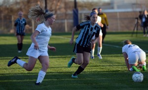 Gallery: Girls Varsity Soccer vs. Shawnee Mission West