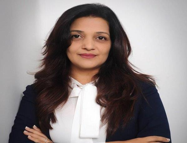 Heena Akhtar - TripXOXO