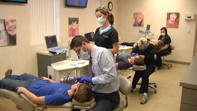 Office Location Orthodontist Dr. Jay Burton serves the Madison, TN, Hendersonville, TN, Goodlettsville, TN and Nashville, TN area patients.