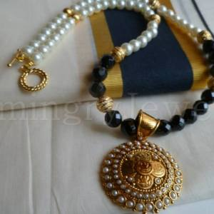 ON-SM-11 white pearl & antique golden - Smingry Jewels