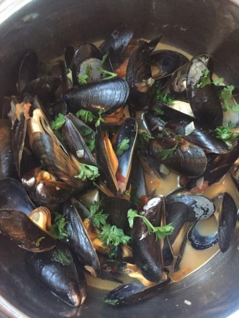 Muschelsuppe kochen