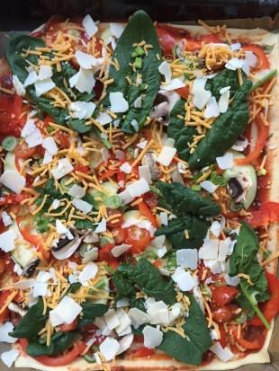 Gemuesepizza mit Dinkelmehl Pizzaboden