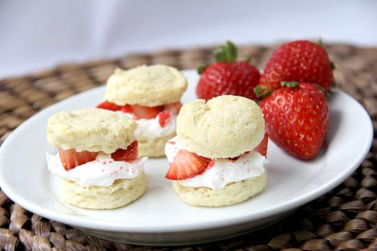 Mini Strawberry Shortcake Poppers
