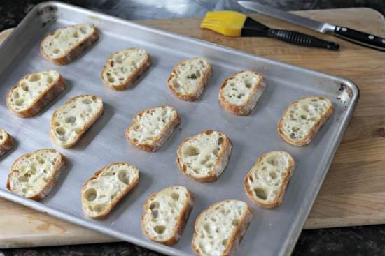 Bean & Beet Salad Crostini Appetizer Recipe @snappygourmet.com