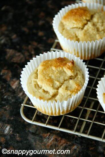 Easy Almond Flour Muffins | snappygourmet.com