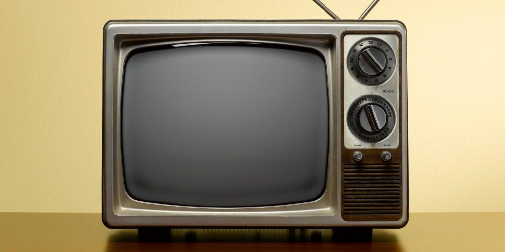 TV Vintage con antena