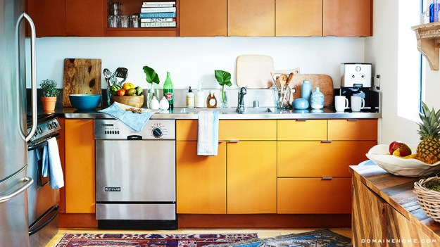 12-kitchen-whitney-port-home-tour-venice-domaine-home