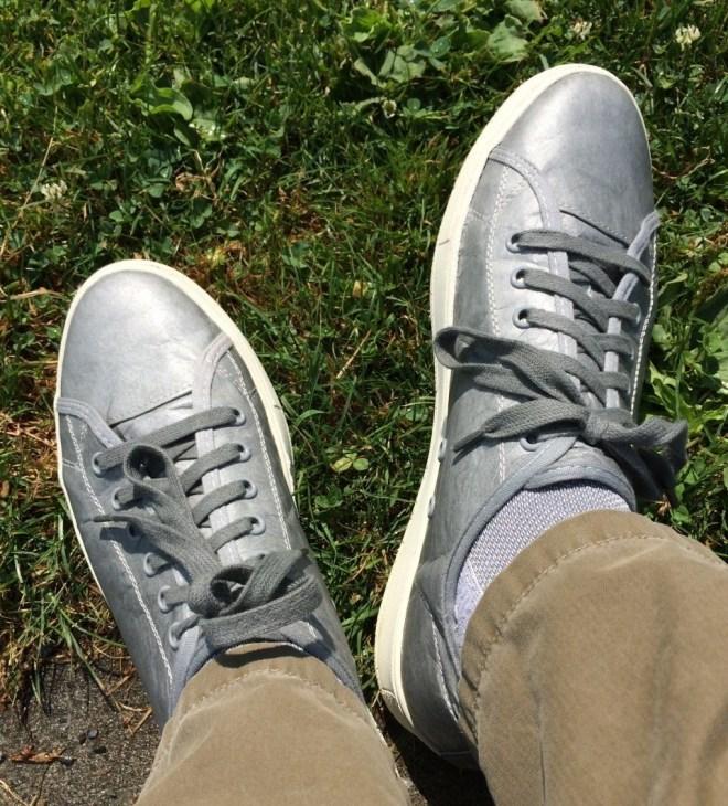 UT Lab Light Wing Franklin Tyvek Shoes top