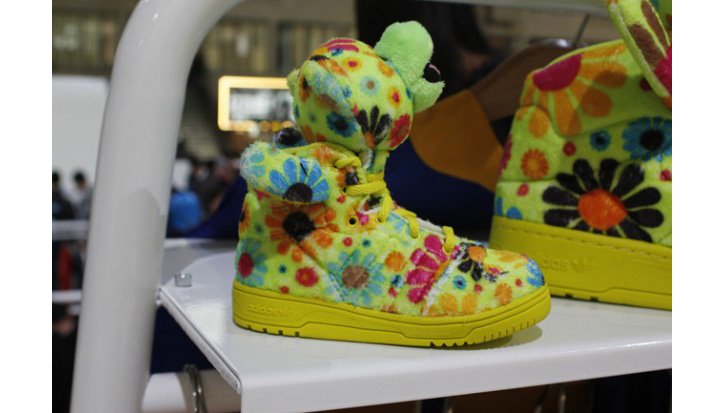 Photo03 - JEREMY SCOTT x ADIDAS ORIGINALS FALL/WINTER 2012