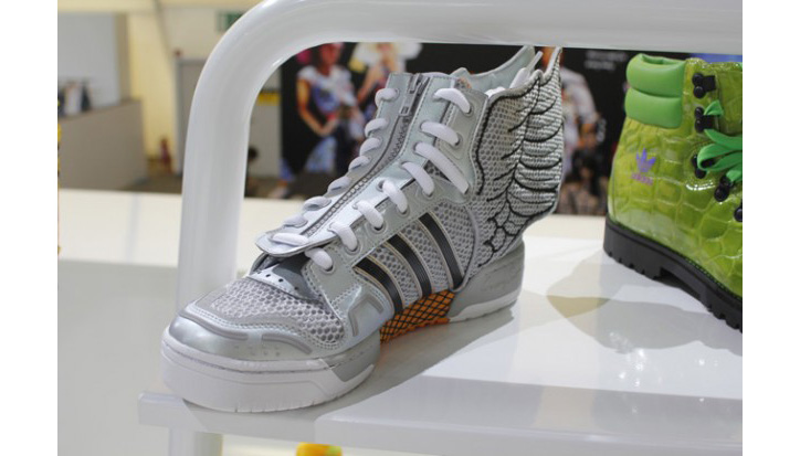 Photo05 - JEREMY SCOTT x ADIDAS ORIGINALS FALL/WINTER 2012