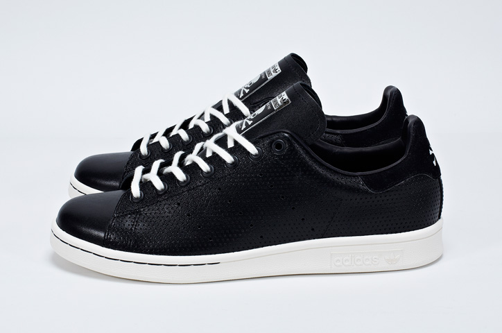 "Photo03 - Consortium STAN SMITH Collaboration Pack 第二弾としてadidas Consortium x mastermind ""Stan Smith mastermind""が発売"