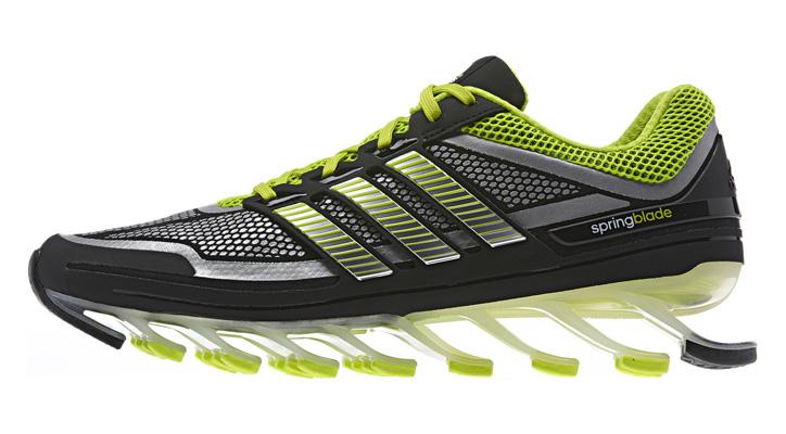 Photo01 - 16枚の高弾性ブレード搭載「反発力がハンパない」adidas springblade 日本国内発売開始