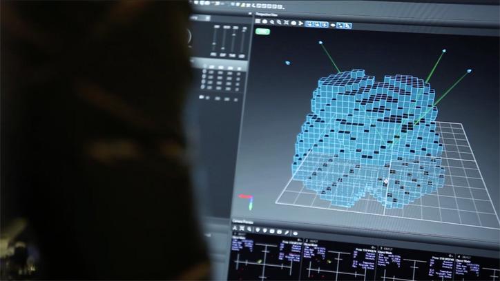 """Photo03 - クロックス x ドローンによる flying norlin project """"空中ストア"""" が東京ミッドタウンにて期間限定で開催"""