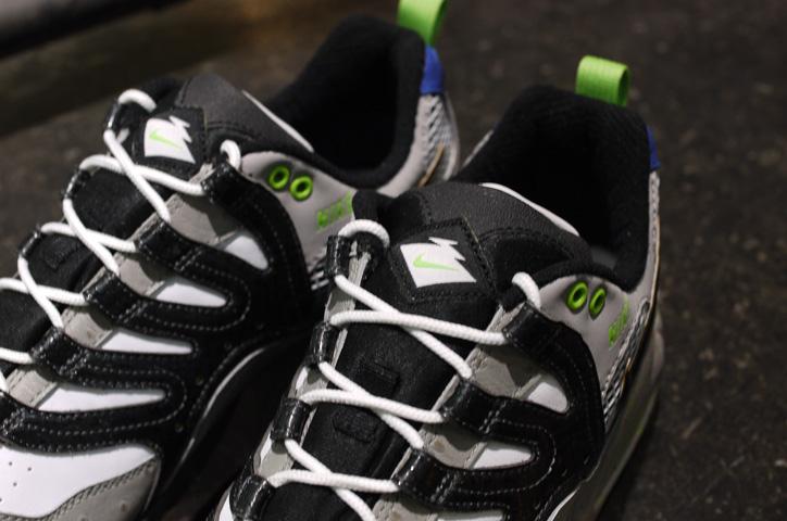 "Photo03 - NIKE AIR MAX HUMARA 森羅万象 ""mita sneakers&quot"