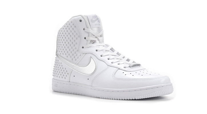 Photo03 - ウィメンズモデル「NIKE AIR FORCE 1 LIGHT HIGH」「NIKE AIR FORCE 1 '07」が発売