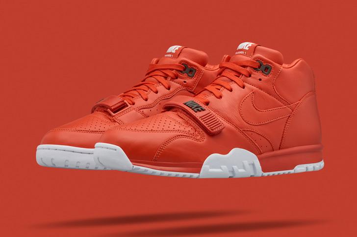 Photo06 - 2015年初夏のテニスの大会を記念して、NikeLabはフラグメントデザインの藤原ヒロシ氏とのコラボレーションモデルを発売