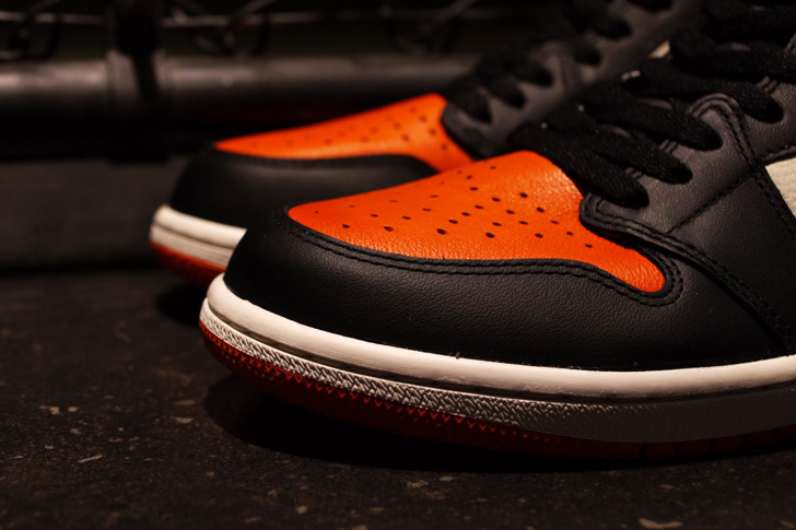 "Photo02 - NIKE AIR JORDAN 1 RETRO HIGH OG ""SHATTERED BACKBOARD"""