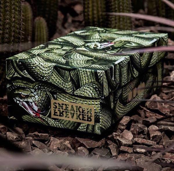 SNEAKER FREAKER Diadora V7000 Taipan