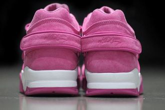nike-air-trainer-cruz-pink-october-02