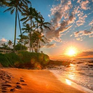 Hawaii Things to Do and Sights to See | Snorkeling, Culture, Food, and Tours