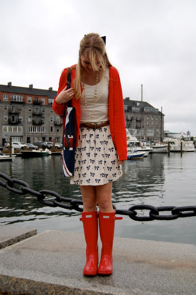 preppy rain boot outfit