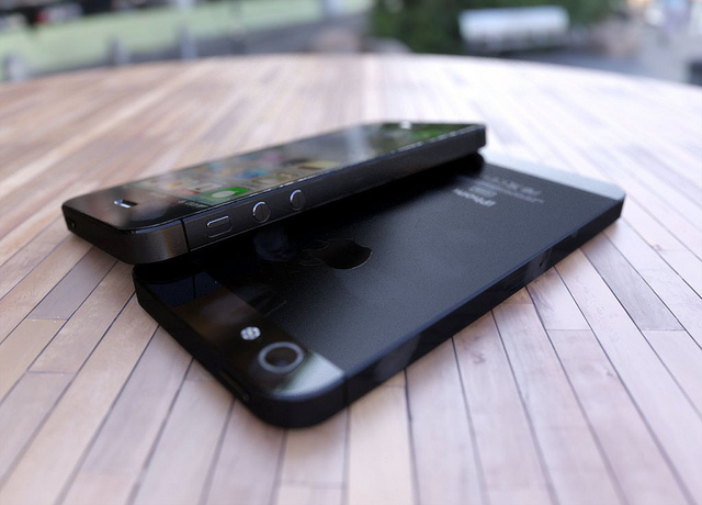 iPhone 5, iPhone, next-generation, renders, fake, photos