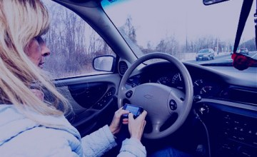 There haven't been any apps that effectively keep drivers from texting while driving. (Image: interactive_devices02 (CC) via Flickr)