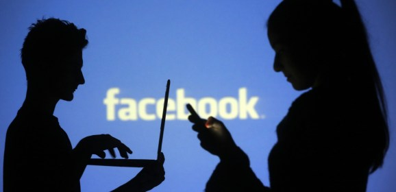 Users spend on average 50 minutes on Facebook
