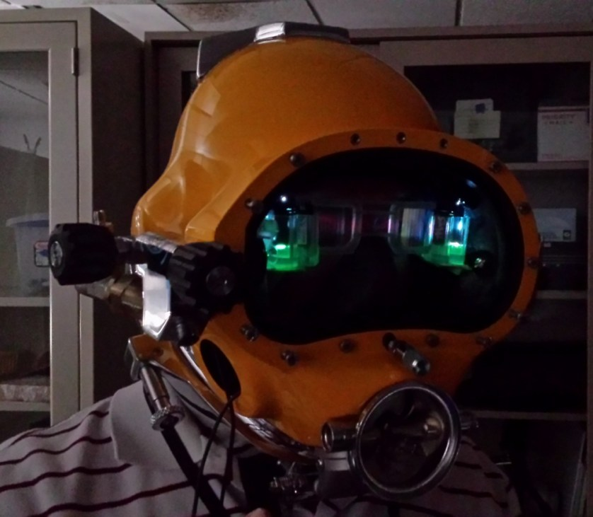 Futuristic HUD for Diving Helmets - It's Like in the Ironman Movie