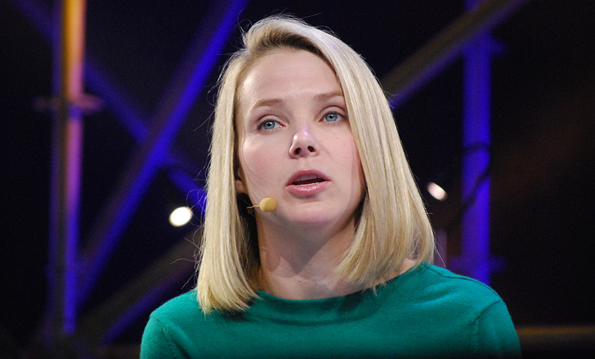 Yahoo's Marissa Mayer gives up her 2017 bonus