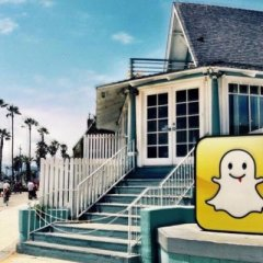 Snapchat bows to popular demand—replaces redesign with another redesign
