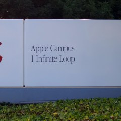 Apple becomes first trillion dollar company in the US