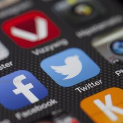 Social Media Affects Customers Buying Decision: What To Do About It?