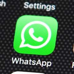 WhatsApp has added a Call Waiting feature