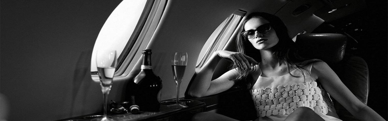 luxury-charter-lady-1