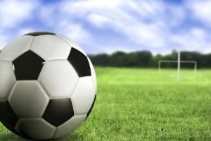 soccer-ball-football-green-grasses-football-court-black-and-white-1280x1024