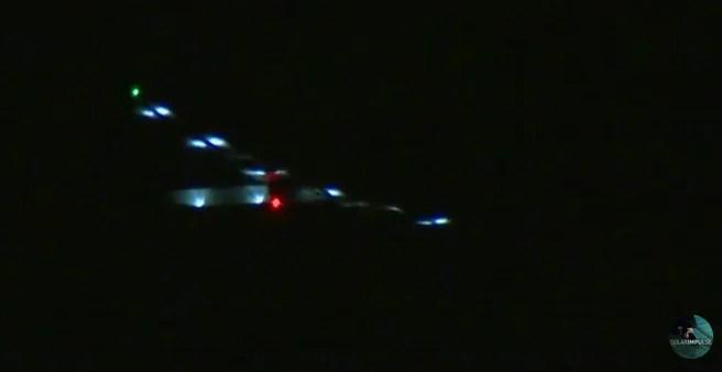 ハワイに着陸する直前のソーラーインパルス2