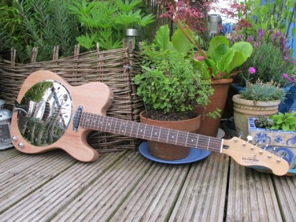 """Another meranti bodied Sollophonic, this time with a Yamaha neck and a Hotrail pickup mounted in a chrome ring. New owner very happy """"Its wonderful, great tone and getting a lot of play-time"""""""
